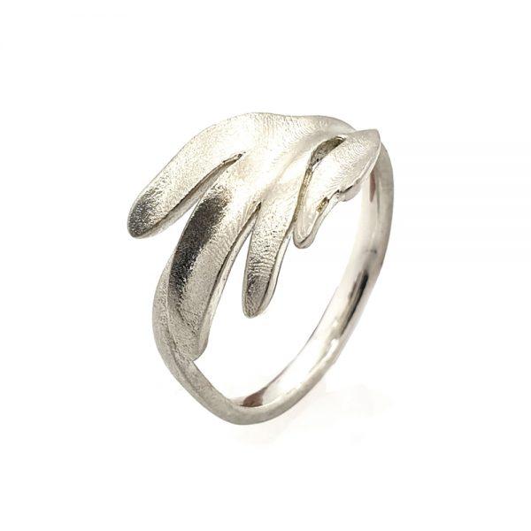 Serena Fox Pinnata Ring Silver